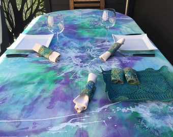 Tablecloth blue and green 4-6 covered hand painted