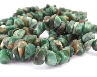 Jade: 1 wire 80 cm chips, 4 to 6 x 6 to 10mm (pg131)