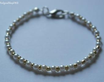 "Pearl bracelet ""golden days"""