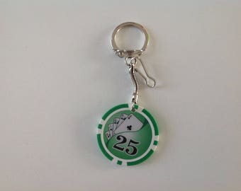 Poker: Green poker chip keychain