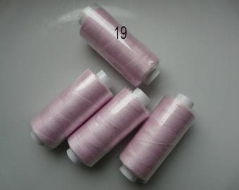 Reel 360 m pale pink polyester thread