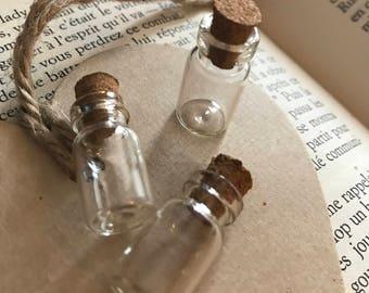 Lot mini glass bottles