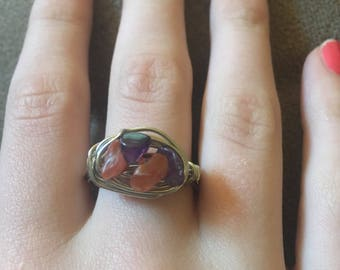 Red and purple wire ring