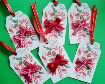 """Set of 6 gift tags, """"Christmas treats!"""""""