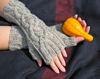 Women's Cable Knit Fingerless Gloves / Handmade Arm Warmers / Peruvian Wool Mittens / Storm Heather Gray Tweed / Accessories / Ready to Ship