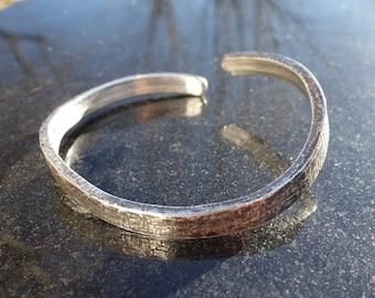 Mens bracelet, unisex bracelet, bracelet, silver oxidized, blackened bracelet, bracelet, cuff bracelet, black patina hand forged