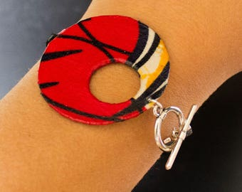 Bracelet in red and black African fabric