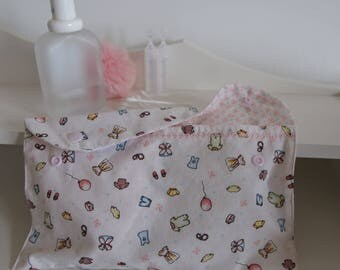 "Pocket diaper, wipes or jewellery ""charm"", embroidered and snap"