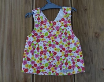 Reversible, and criss-cross apron size 12/18 months