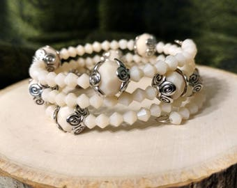 Cream and Silver Crystal Beaded Bracelet