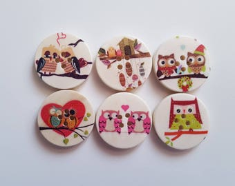 Set of 5 wooden OWL buttons on a branch