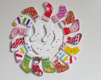 Set of 10 wooden Christmas socks buttons!