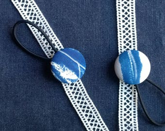 Two elastic hair blue and white buttons