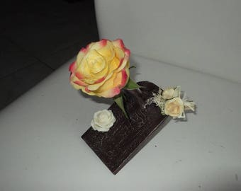 Chocolate cream doilies for festive table