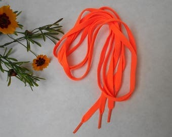 Flat laces with 8mm - 1 m 20 long - neon orange