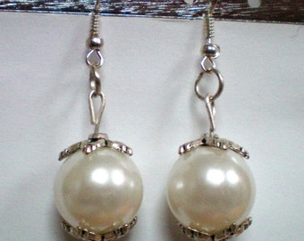Earrings Imitation pearls 15 mm - Tibetan silver bead caps