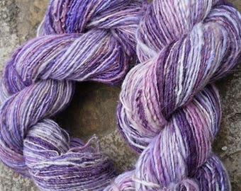 wool spun and dyed by hand - ouessant 230g