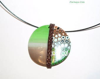 Necklace mid-length circle stitching effect and ethnic Brown and green