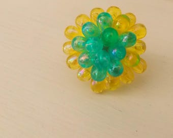 Yellow and green pearl drops Adjustable ring