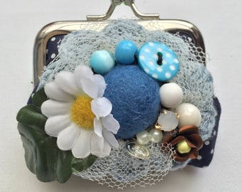 "Wallet blue polka dots ""defenses Daisy"""