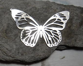 1 silver embossed charm Sheen Butterfly 4.9 cm stainless steel