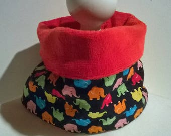 Snood-Choker cotton printed elephants and Red fleece blanket