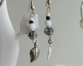 Earrings silver leaf with Pearl