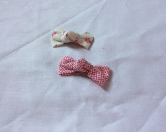 Red and off-white bow Barrettes Click Clack
