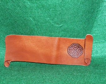 Bookmarks made of leather, customizable with your name, Celtic Circle