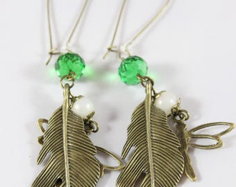 Bronze metal and green Crystal earring