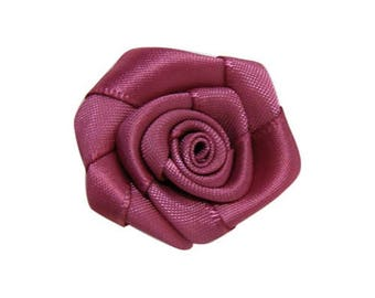 5xRose sewing or craft Ribbon 15mm.