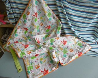 Cover two sided cotton and fleece blanket foldable