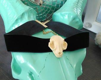 Skull and black velvet choker necklace