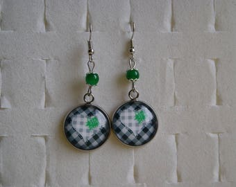 Special Valentine's day earrings cabochon
