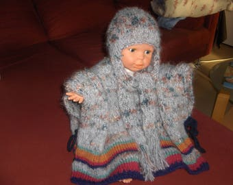 rectangular poncho and hat-scarf, 2 years, Heather grey mohair and stripes