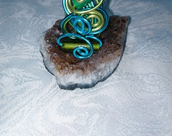 ring in aluminum wire and beads