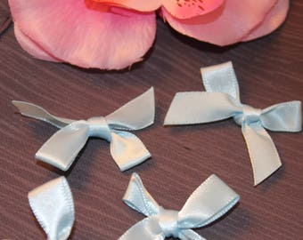 5 35x45mm jewelry scrapbooking light blue satin bows