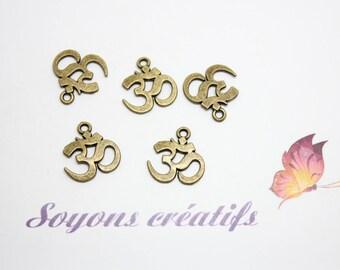 30 Charm 15x14mm - SC0080926 Bronze Ohm charm pendants