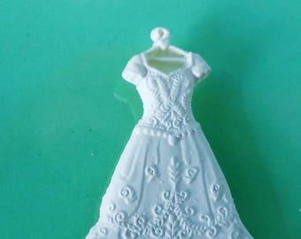 4 embellishment wedding dress on hanger bird Love Heart flower