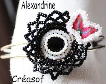 """Flower woven with seed beads and metal bracelet """"Alexandrine"""" (onyx)"""