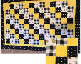 Bumble Bee Baby Quilt / Blanket