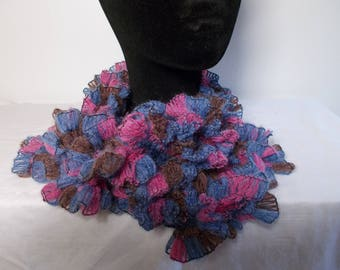 Oil/fuchsia blue ruffled scarf