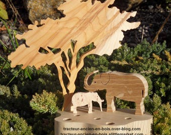 """ELEPHANTS"" WOODEN PENCIL HOLDER"