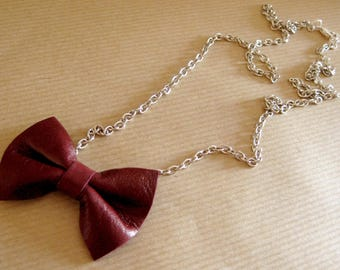 Necklace chain & Burgundy bow