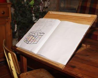 Folding desk in oak Dyslexic or calligraphy