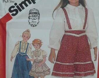 Girl's Blouse, Skirt Pattern, Vintage Simplicity Pattern 5628 - Size 6