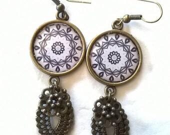 Earrings bronze earrings beautiful cabochon with a rosette in black
