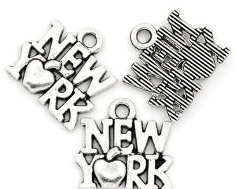 10 New York sign in antique silver charms