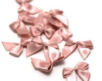 10 bow ties of satin ribbon 21 x 20 mm, pink