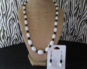 Assorted White Beaded Neacklace & Earrings Set
